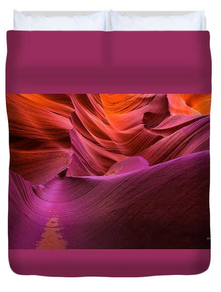 Waves-lower Antelope Canyon Duvet Cover