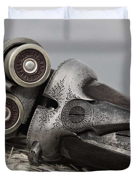 Webley And Scott 12 Gauge - D002721a Duvet Cover by Daniel Dempster