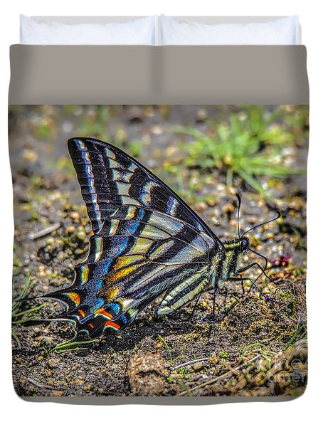 Duvet Cover featuring the photograph Western Tiger Swallowtail by Mitch Shindelbower