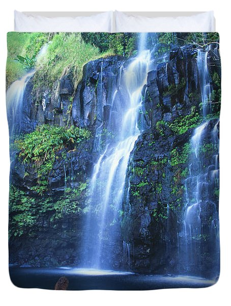 Woman At Waterfall Duvet Cover by Dave Fleetham - Printscapes
