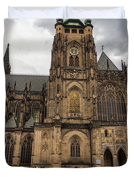 Woman Walking In The Rain With A Red Umbrella At The Prague Castle Duvet Cover