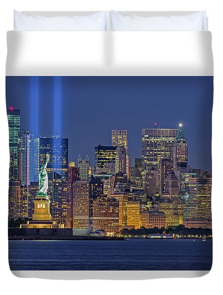 Duvet Cover featuring the photograph World Trade Center Wtc Tribute In Light Memorial II by Susan Candelario