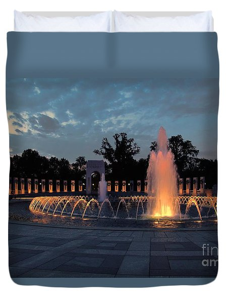 World War II Memorial Fountain Duvet Cover