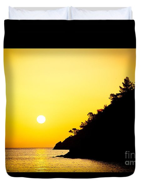Yellow Sunrise Seascape And Sun Artmif Duvet Cover
