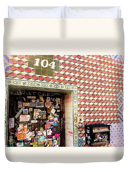 104 Brooklyn New York Door   Duvet Cover