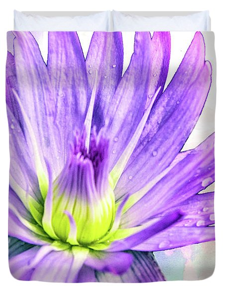 10889 Purple Lily Duvet Cover