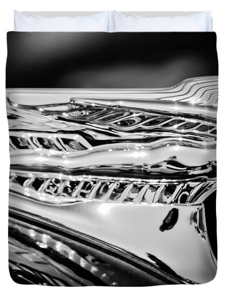 1946 Desoto Hood Ornament -169bw Duvet Cover