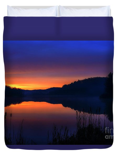 Duvet Cover featuring the photograph Winter Dawn by Thomas R Fletcher