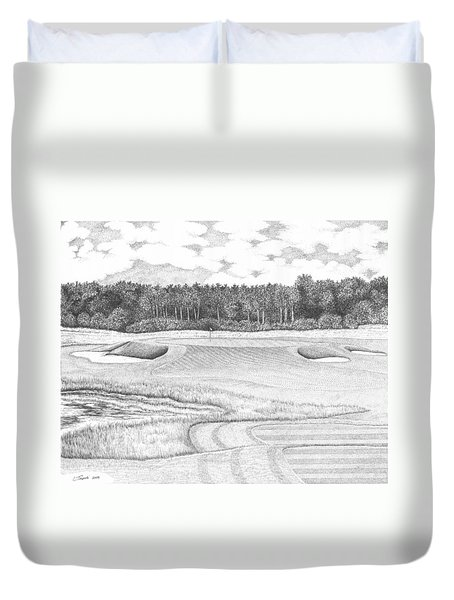 11th Hole - Trump National Golf Club Duvet Cover