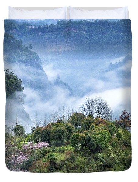 Mountains Scenery In The Mist Duvet Cover