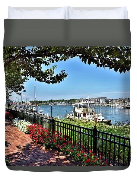 Duvet Cover featuring the photograph 1812 Memorial Park - Lewes Delaware by Brendan Reals