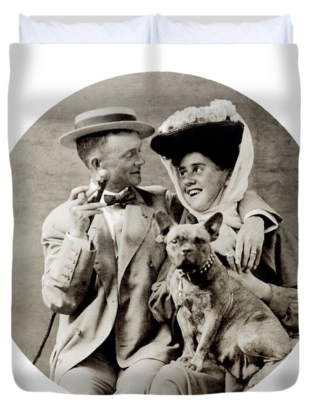 1900 Happy Young Couple Duvet Cover by Historic Image