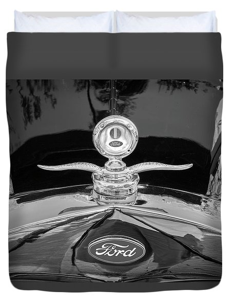 1929 Ford Model A Hood Ornament Bw Duvet Cover by Rich Franco