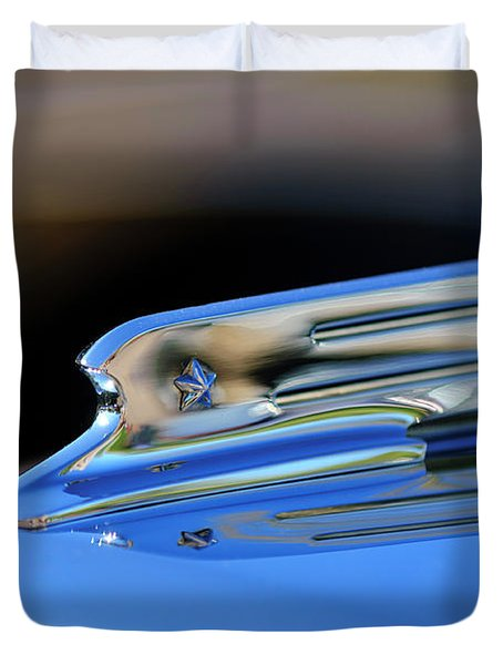 1931 Marmon Sixteen Coupe Hood Ornament 2 Duvet Cover by Jill Reger