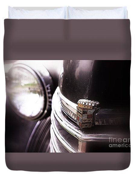 Duvet Cover featuring the photograph 1940s Caddie Retro Feel by John S