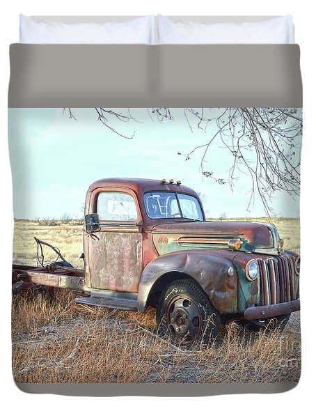 1940s Ford Farm Truck Duvet Cover
