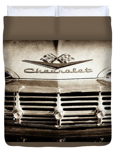 Duvet Cover featuring the photograph 1959 Chevrolet Impala Grille Emblem -1014s by Jill Reger