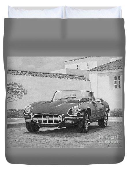1961 Jaguar Xke Cabriolet In Black And White Duvet Cover