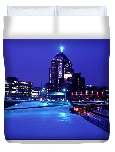 Duvet Cover featuring the photograph  1969 Boston Twilight by Historic Image