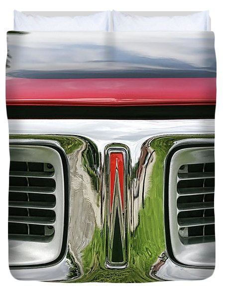 1972 Dodge Charger 400 Magnum Duvet Cover by Gordon Dean II