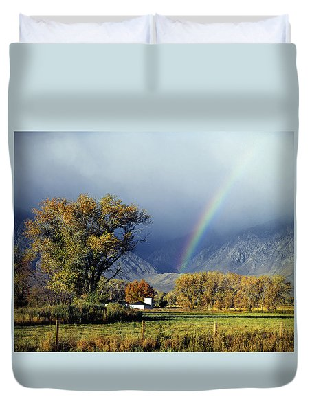 1m6345 Rainbow In Sierras Duvet Cover