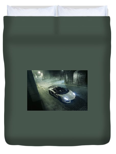 A Foggy Evening In London Duvet Cover