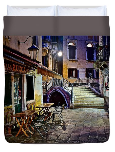An Evening In Venice Duvet Cover by Frozen in Time Fine Art Photography