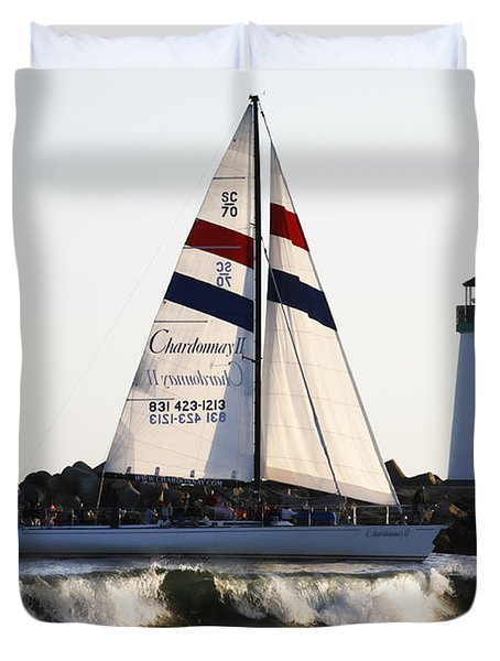 2 Boats Approach Duvet Cover