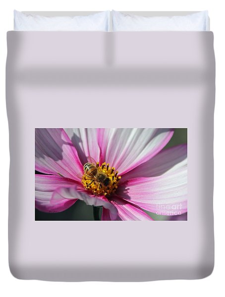 Busy Bee Duvet Cover by Yumi Johnson