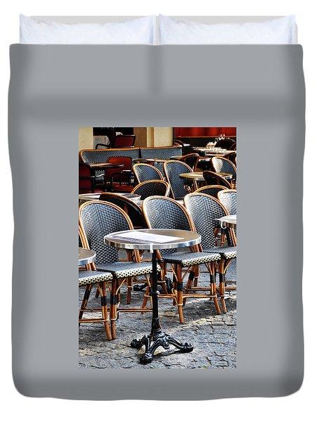 Cafe Terrace In Paris Duvet Cover