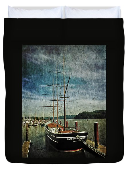 Duvet Cover featuring the photograph Cape Foulweather Tall Ship by Thom Zehrfeld