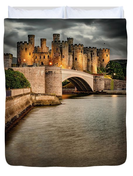 Duvet Cover featuring the photograph Conwy Castle by Adrian Evans