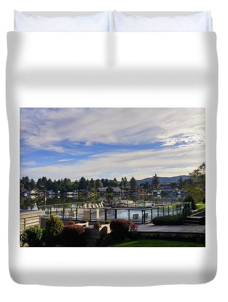 Devils Lake Oregon Duvet Cover