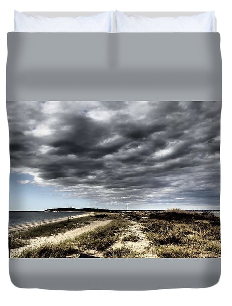 Dramatic Landscape At Elizabeth Morton Duvet Cover
