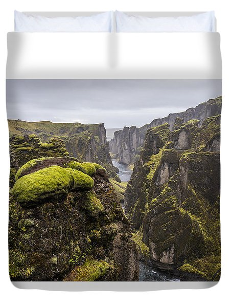 Duvet Cover featuring the photograph Fjadrargljufur by James Billings