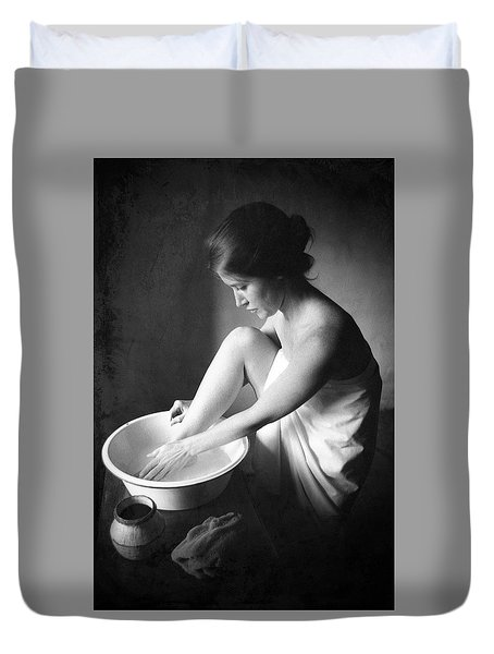 Duvet Cover featuring the photograph Footwasher by Jennifer Wright