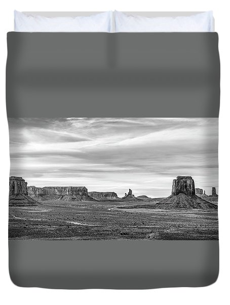 Duvet Cover featuring the photograph From Artist's Point by Jon Glaser