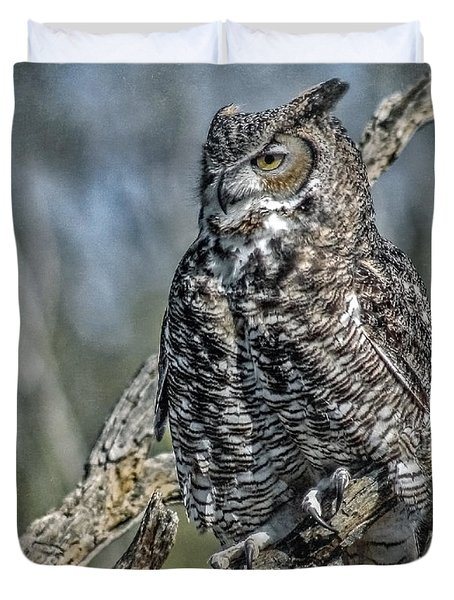 Duvet Cover featuring the photograph Great Horned Owl by Elaine Malott