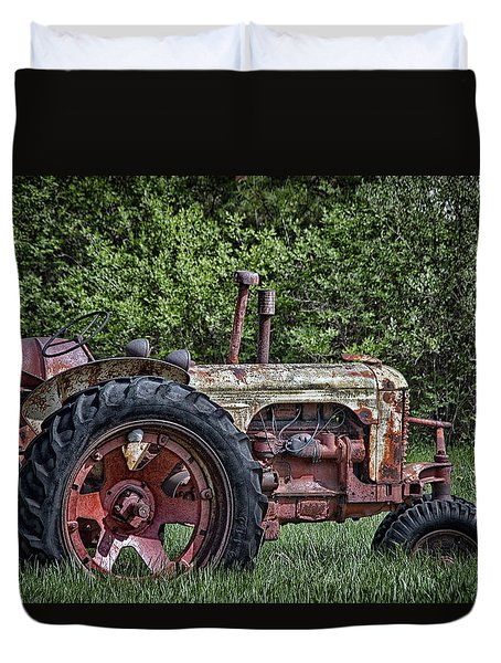 Duvet Cover featuring the photograph Has Caught Some Rust by Richard Bean