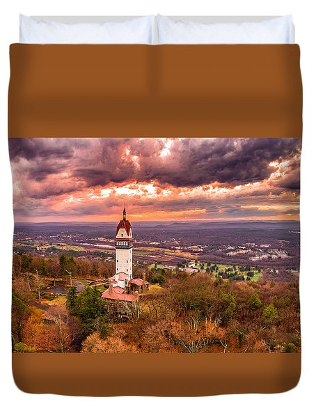 Heublein Tower, Simsbury Connecticut, Cloudy Sunset Duvet Cover