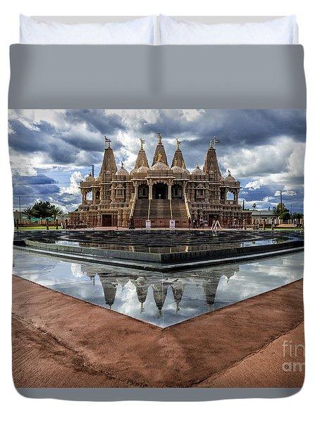 Hindu Temple Baps Shri Swaminarayan Mandir Duvet Cover by Peter Dang