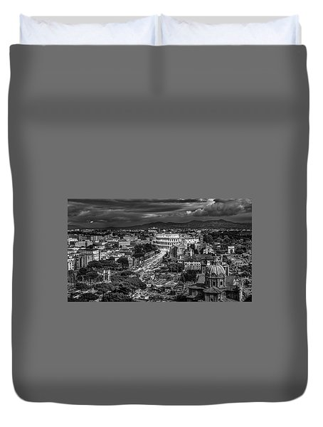Duvet Cover featuring the photograph Il Colosseo by Sonny Marcyan