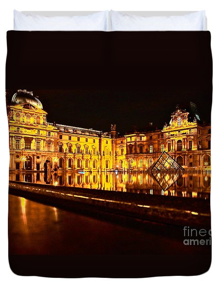Duvet Cover featuring the photograph Louvre Pyramid by Danica Radman