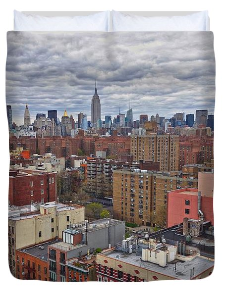 Duvet Cover featuring the photograph Manhattan Landscape by Joan Reese