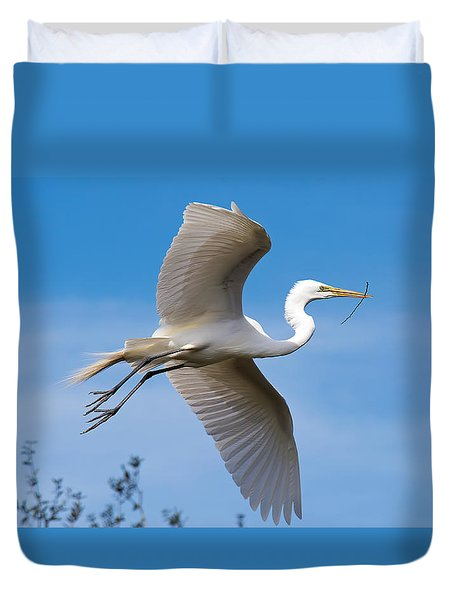 Nest Building Duvet Cover by Kenneth Albin