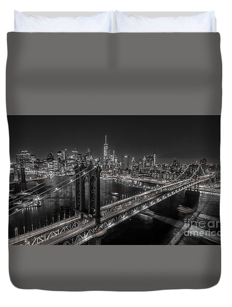New York City, Manhattan Bridge At Night Duvet Cover
