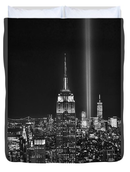New York City Tribute In Lights Empire State Building Manhattan At Night Nyc Duvet Cover
