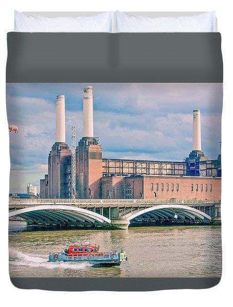 Pink Floyd's Pig At Battersea Duvet Cover