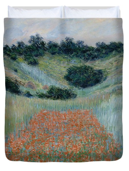 Poppy Field In A Hollow Near Giverny Duvet Cover by Claude Monet