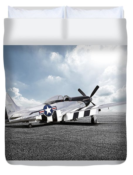 Duvet Cover featuring the digital art Quick Silver P-51 by Peter Chilelli